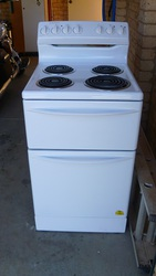 Westinghouse Upright White Stove